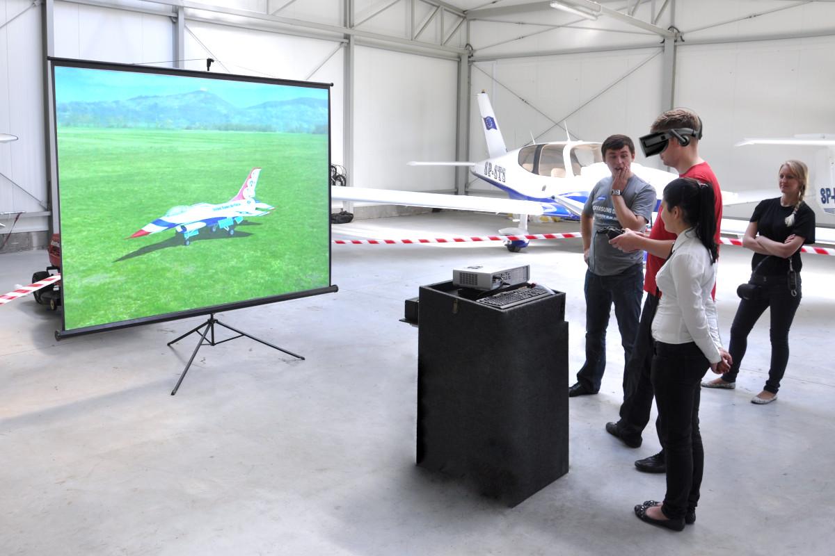 Symulator lotów modelami wynajem
