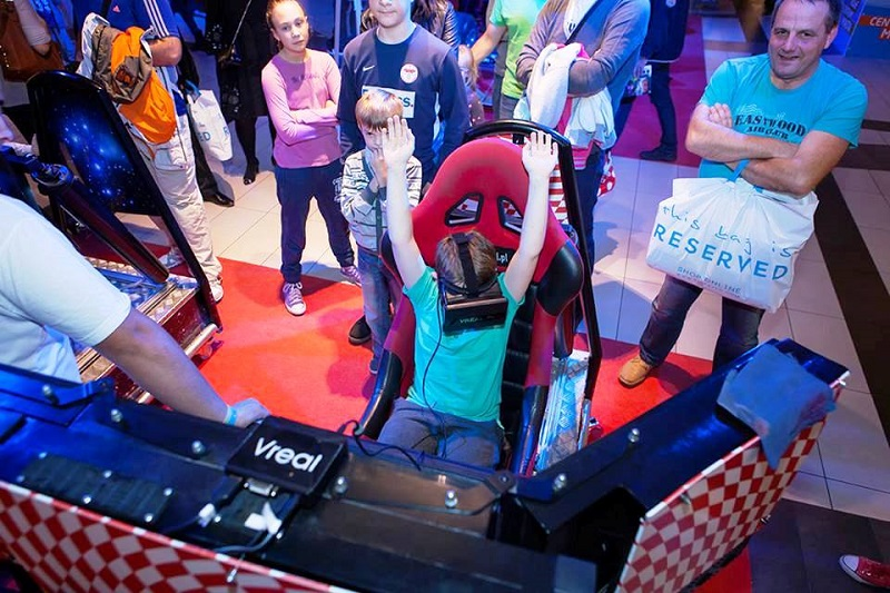 Symulatory kosmiczne - kino 5D, wynajem na imprezy VR dla firm