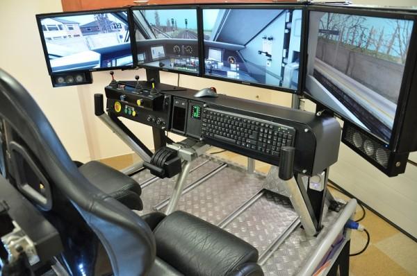 symulator pociągu wynajem na imprezy - wirtualna kabina maszynisty
