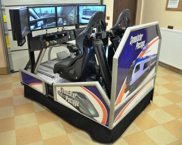 wirtualna kabina maszynisty - symulator jazdy pociągiem wynajem