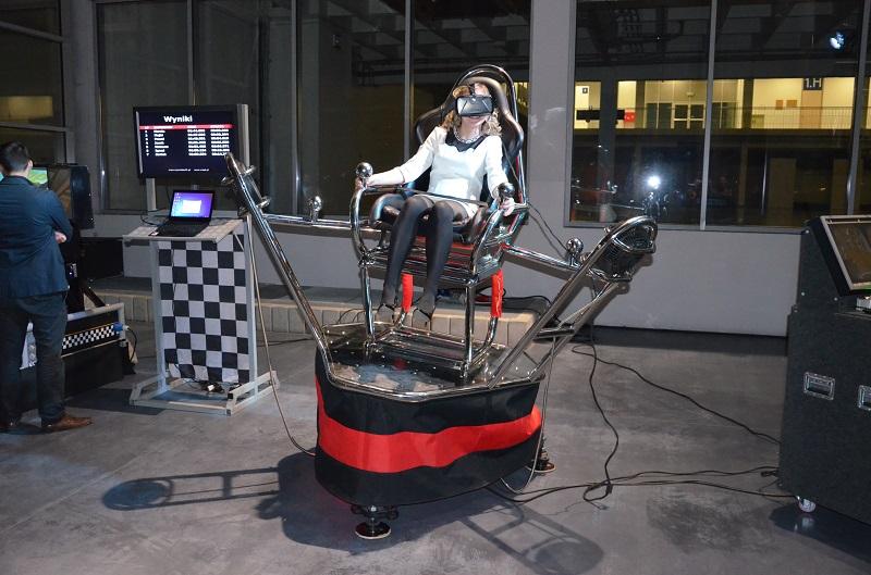 kosmiczny symulator wahadłowca wynajem