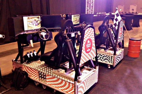 Symulator jazdy na AmberExpo wynajem symulatorów na event