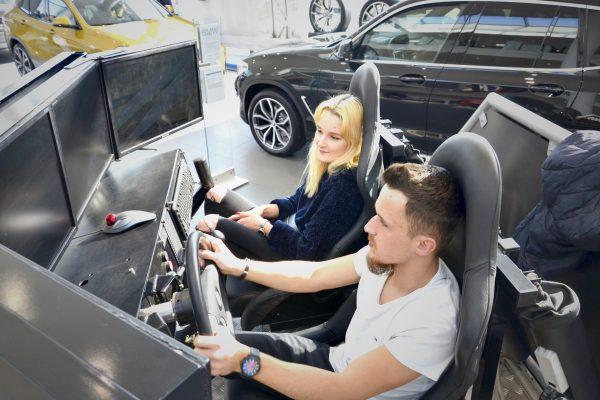 Symulator dachowania na premierze BMW X2 - Salon BMW Kraków