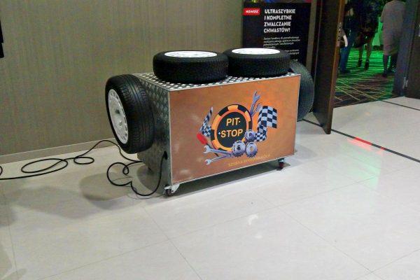 Symulatory rajdowe - szybka wymiana koła symulator pitstopu