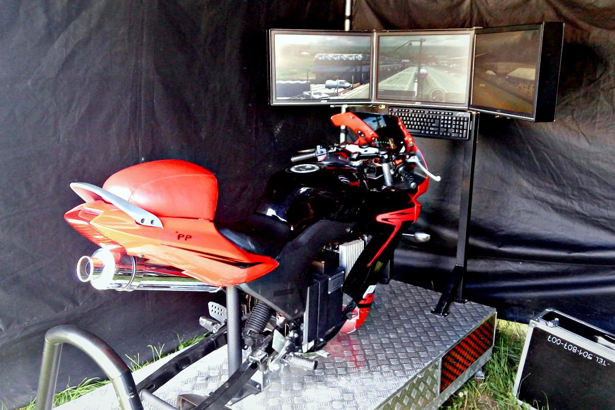 atrakcje na event + wynajem symulator motocykla