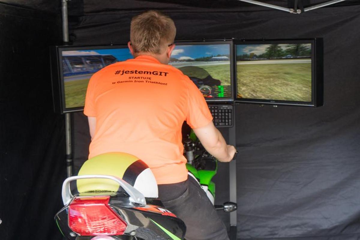 Piknik Rodzinny - symulator motocykla