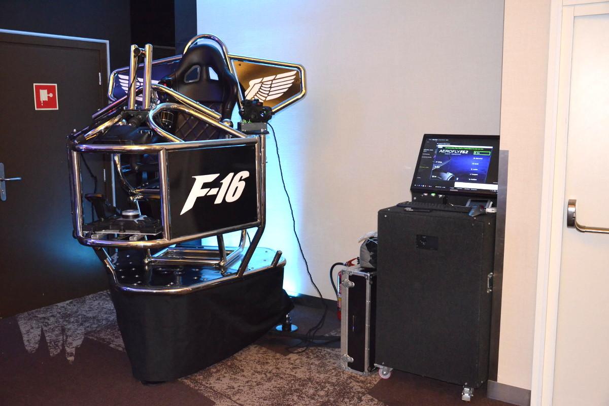 937 - Symulator lotu VR - platforma 9D